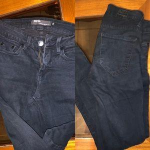 BDG black skinny size 26